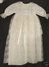 Superbe robe de baptème tout en dentelle - linge ancien