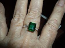 Ring--Sz 7--Genuine Emerald Quartz 4 carats, tiny diamonds, in sterling--new