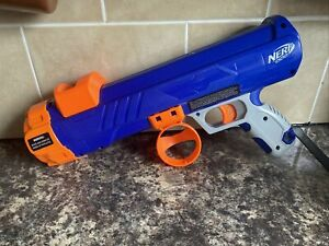 Nerf Dog Tennis Ball Blaster in Blue with Ball Launcher Toy