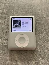 Apple iPod nano 3. Generation Silber (4GB)