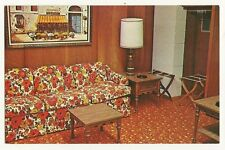 Downtown Motel Austin Minnesota MN Cable T-V Orange Flower Couch Post Card