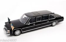 1983 Cadillac Fleetwood U.S. Presidential Limousine 1:24 Lucky Die-Cast 24098