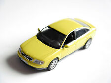 Audi A6 / C5 Limousine saloon in gelb jaune giallo yellow, Minichamps in 1:43!