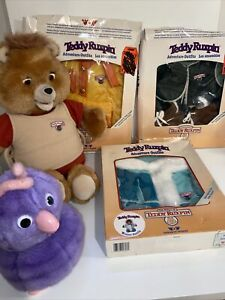 Vintage TEDDY RUXPIN Plush Bear + Purple Fob and 3 Adventure Outfits