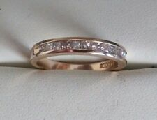 ESTATE FIND 14k gold band with princess cut diamonds. 0.40CT  Size 6 3/4 ((725))