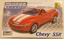 Revell 1/25 Chevy SSR Pickup Model Kit 4052