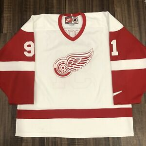 Nike Sergei Fedorov Detroit Red Wings NHL Hockey Jersey Vintage White Home L