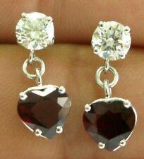 Forma Corazón Rubí & Diamante Redondo Oro Blanco Pendientes Colgantes 14Kt