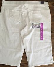 NWT Gloria Vandebilt White Avery Skimmer Mid Rise Pull On Size 22W FLEX STRETCH