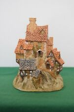 """David Winter """"The House On Top"""" In excellent condition, in original box."""