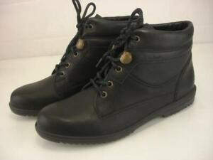 Women's 9.5 M Clarks Griffin Waterproof Ankle Boots Lace-Up Black Leather Rain