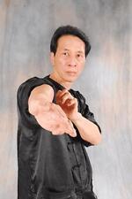 MASTERING WING CHUN (8) DVD Set with Grandmaster Samuel Kwok