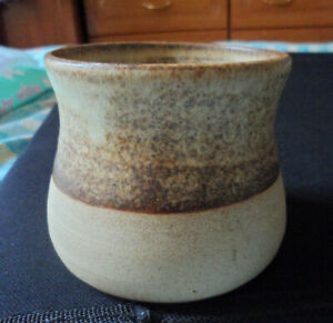 STUDIO POTTERY DEEP BOWL. MARKED CAN'T READ IT. 7.5CM TALL. 8 CM TOP DIA. GOOD