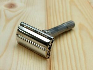 Vintage Gillette Slim Adjustble ( I4 ) 1963 Shaving Safety Razor made in U.S.A
