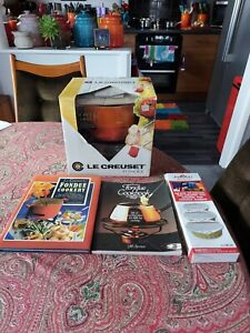 Le Creuset Vintage Fondue Set Volcanic Orange with Books & Gel *NEW*