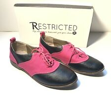 Restricted (Betsy) Two-Tone Lace Up Oxfords Women's Hot Pink/black SZ 8.5