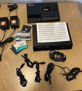 Roland MT-32 Multi Timbre Sound Modul Synthesizer & Roland pR-100 +ZUBEHÖR