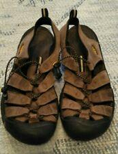 Keen men's Sandals Excellent Condition. Tan,  size US 10.5