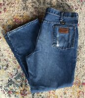Wrangler Mens Blue Denim Jeans Vintage Made In USA 945PW0 38x30 Distressed Stain