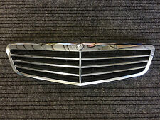 Mercedes-Benz A 204 880 12 83 / A2048801283 Kühlergrill für E-Klasse W204 BJ ´08