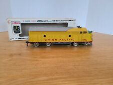 24/156 Atlas 6104 Union Pacific F-9 Pwd. Diesel Loco/Box For Parts/Restoration