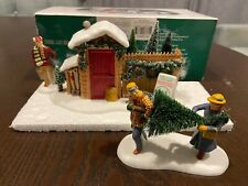 """Department 56 Heritage Village """"Picking out the Christmas Tree"""" with Box"""