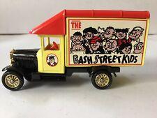 Days Gone DG052030,Parcels Van,Bash St.Kids