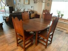 10105 7-piece Wood Dining Set - Oak Round or Oval with leaf - seats six easily