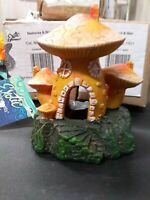 "Fish Aquarium Ornament Mushroom House Polyresin ~3.5"" Landscape Decor"