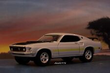 1969 69 FORD MUSTANG MACH 1 REPLICA MODEL COLLECTIBLE DIORAMA 1/64 SCALE