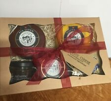 Cheese Hamper Snowdonia Blackbomber Beechwood Red Storm & Chutney