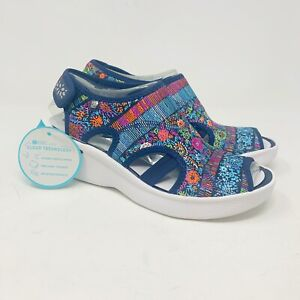 Brand New Bzees Women's Dream Floral Wedge Size 6