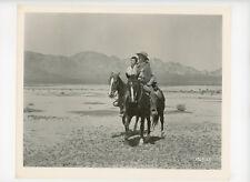 4 GUNS TO BORDER Orig Movie Still 8x10 Colleen Miller, Walter Brennan 1954 14404