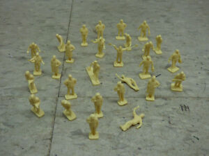 28 Pc 1/72 Airfix / Esci Compatible WWII USAF Personnel Soldiers Lot #4838K