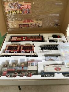 Bachmann Emmitt Kelly Jr Circus Train Set G Gauge Big Top Locomotive Tender Cars