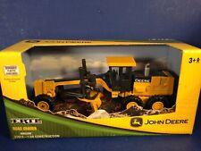 Ertl 1:50 Scale JOHN DEERE ROAD GRADER #37013 New in Box Combine Shipping!