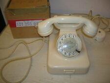 """Telefon W48 """"elfenbein weiß"""" Wählscheibe """"graue Ziffern"""" in Post-Verpackung"""