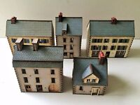 Set of 5  x 15mm Normandy PREPAINTED BUILDING KITS *NEW BUILDINGS*