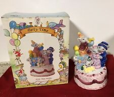 Boxed 1994 Heritage Mint Birthday Cake With Mice Music Box Plays Happy Birthday