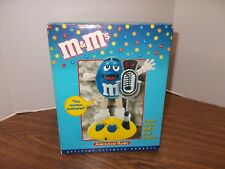 M&M'S ANIMATED AM/FM RADIO Moving & Talking BLUE Motion Activated NEW