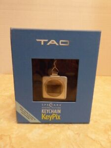 Tao Spectare DIGITAL PICTURE KEYCHAIN KeyPix NEW IN BOX Holds 56 pics