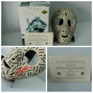 Gerry Cheevers SIGNED 2002-03 UPPER DECK MINI MASK COLLECTION Boston Bruins COA