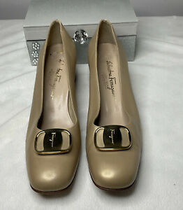 Salvatore Ferragamo Gold Leather Heel Pumps Monogram Buckle Size 11