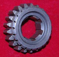 Yamaha TZ750 NEW 6th gear, NOS, OEM, # 17261, wheel gear, tz700 TZ 750 700