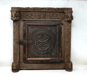 18th C Antique Rare Wooden Handcrafted Elephant tunda Figurine Bikaneri Window
