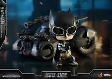 Hot Toys Cosbaby Justice League Batmobile and Batman