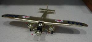 1999 Collector Ed Wings of Texaco 1927 Ford Tri-Motor Monoplane Ertl NOS IOB