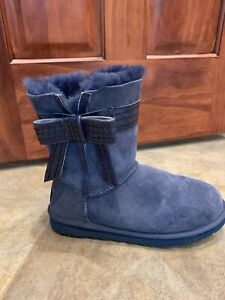 womens ugg boots size 9