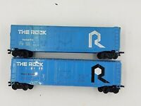 Lot of 2 HO Scale Bachmann The Rock 50' Plug Door Box Cars #133274 #57028 ~ EX