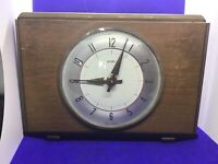 Vintage Metamec Wind up Mantle clock made in England